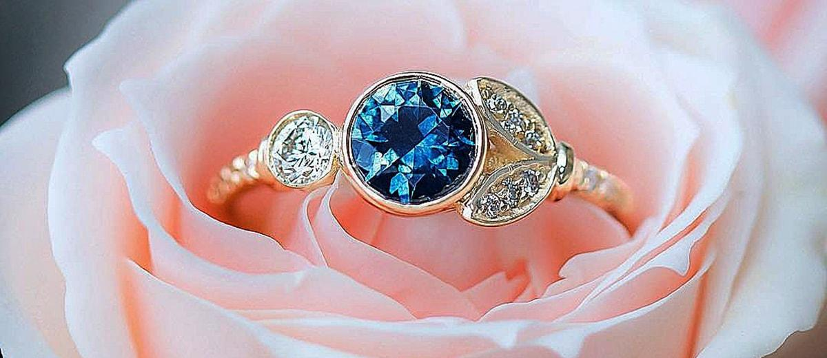 sapphire engagement rings round cut unique gold
