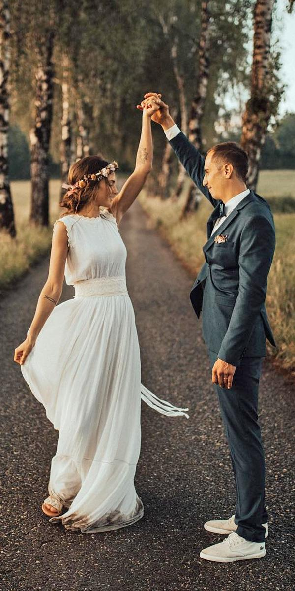 modest wedding dresses a line sleeveless for beach lukasleonte photography