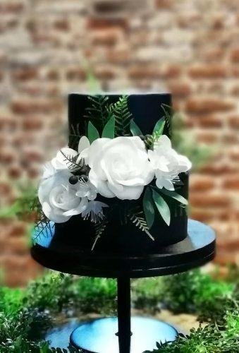black wedding cake small wedding cake crumbstocreations