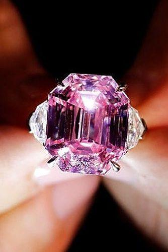 engagement ring trends 2020 pink diamond pink legacy