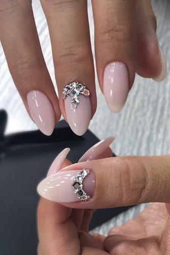 wedding nails 2019 pink nails with silver rhinestones glebova.m.e
