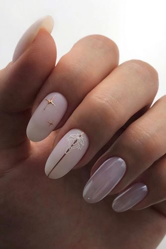 wedding nails 2019 white milk nails with stripes and stars eva.rom.nail.art