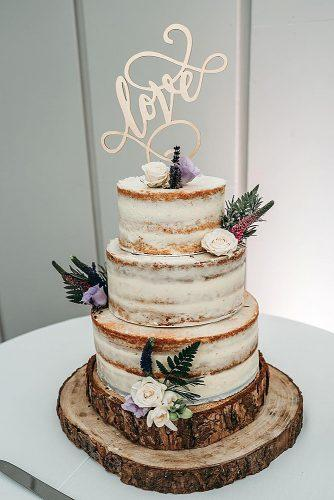 barn wedding wedding cake