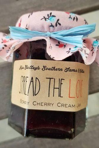 barn wedding wedding favor