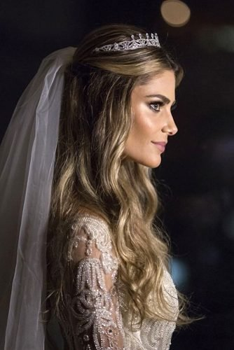half up half down wedding hairstyles with tiara and veil on long blonde hair karinaflores