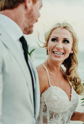real wedding cortney luis happy bride and groom Fer Juaristi photography