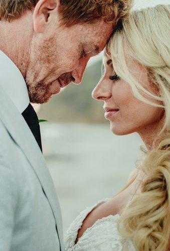 real wedding cortney luis tender bride and groom Fer Juaristi photography