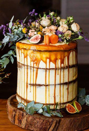 bohemian wedding cakes drip caramel on the cake dreambellaphotography