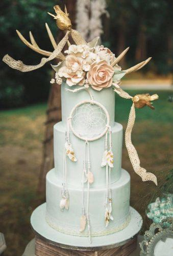 bohemian wedding cakes stylish green cake momochencakes