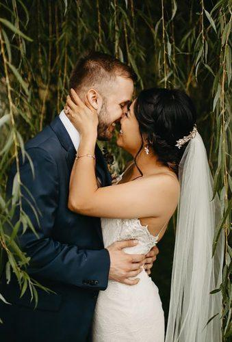 bohemian wedding photos bride and groom and wood nikkikatephoto