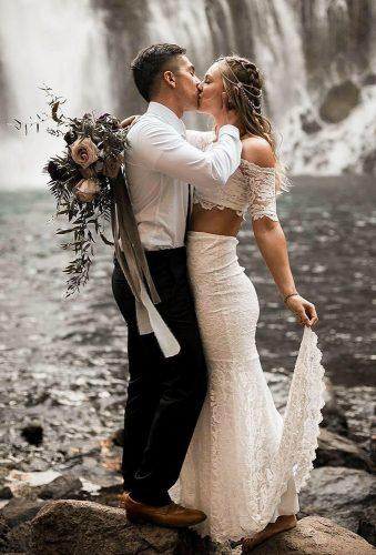 bohemian wedding photos kiss near lake csimon