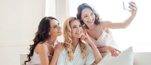 bridesmaids photos featured image