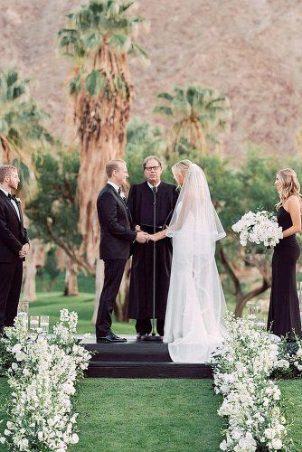 how to officiate a wedding outdoor wedding officiant