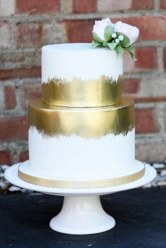 metallic wedding cake simple cake thegreenhousecakerie