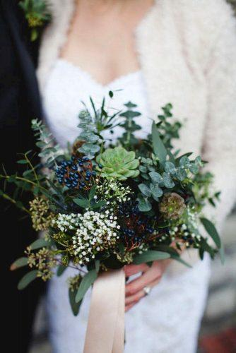 wedding colors 2019 bridal bouquet with greenery and succulents 3photography