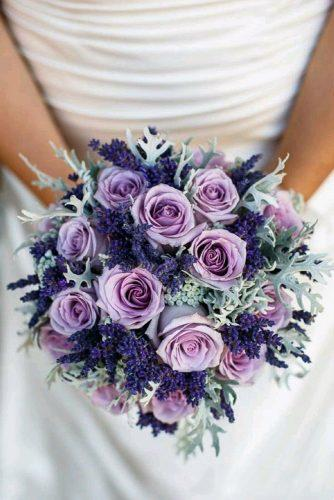 wedding colors 2019 crocus roses and lavender in bridal bouquet photoglow
