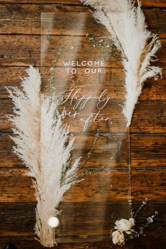 wedding decor 2019 acrylic welcome stand with pampas grass light as gold