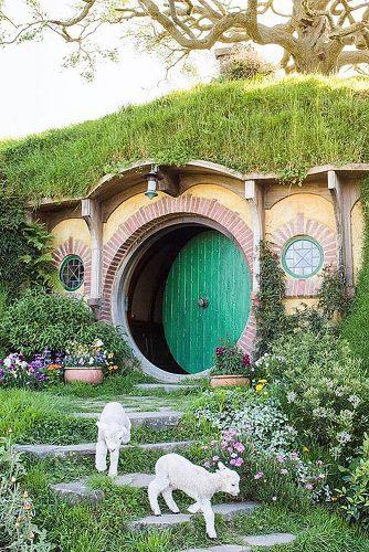 best honeymoon destinations hobbiton new zealand