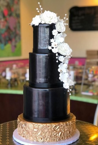 black wedding cake elegant black cake cakedlasvegas