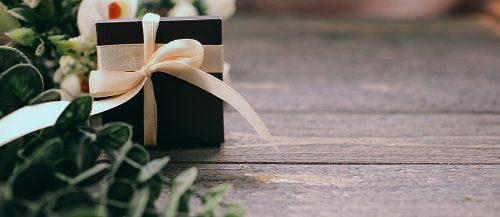 how much to spend on a wedding gift box surprise with flowers featured