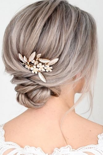 rustic wedding hairstyles low bun with hairpin nicoledrege