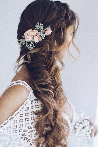 rustic wedding hairstyles side long braid with pink roses and greenery ulyana.aster