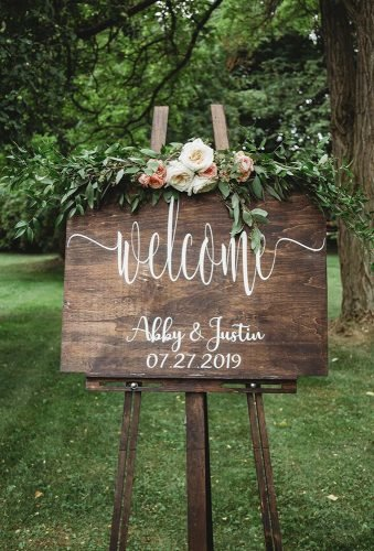 rustic wedding signs welcome sign amandagreerphoto ⁣