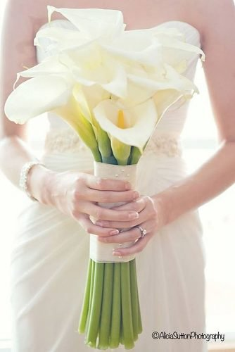 single bloom wedding bouquets white calla lilies