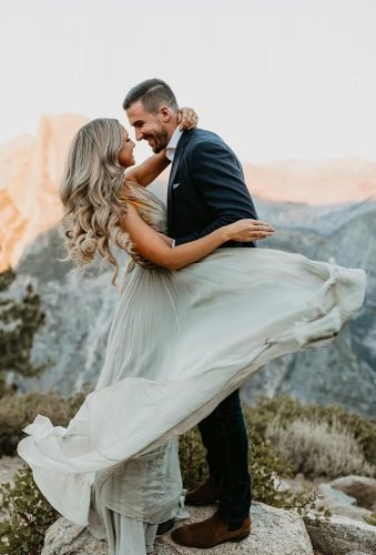 wedding photos romantic photoshoot in mountains meghandoering