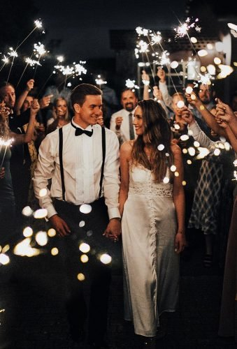 wedding photos wedding exit sparklers annaolettevisuals