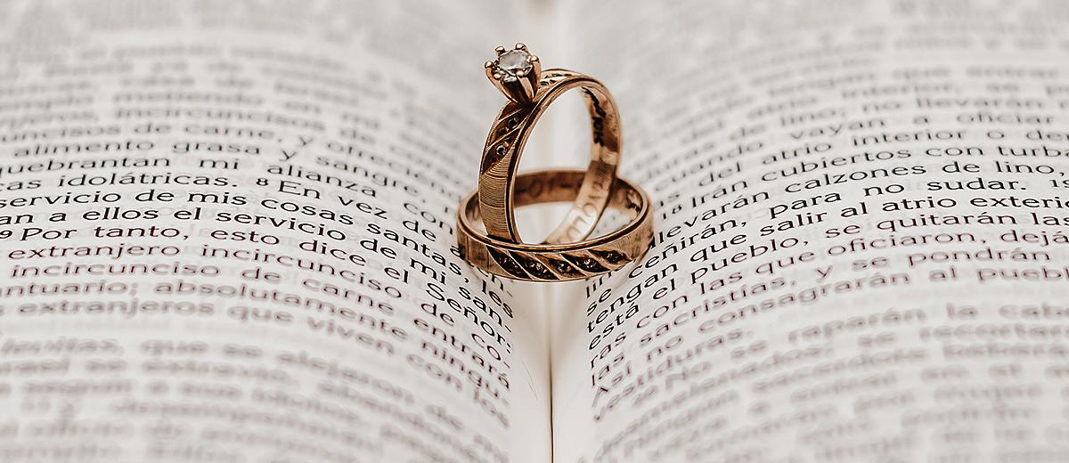 wedding readings book with wedding engagement rings featured