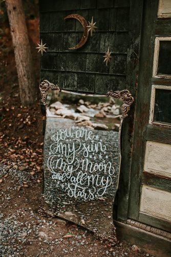 bohemian wedding decorations bridal signs on mirror elisa watkins photography