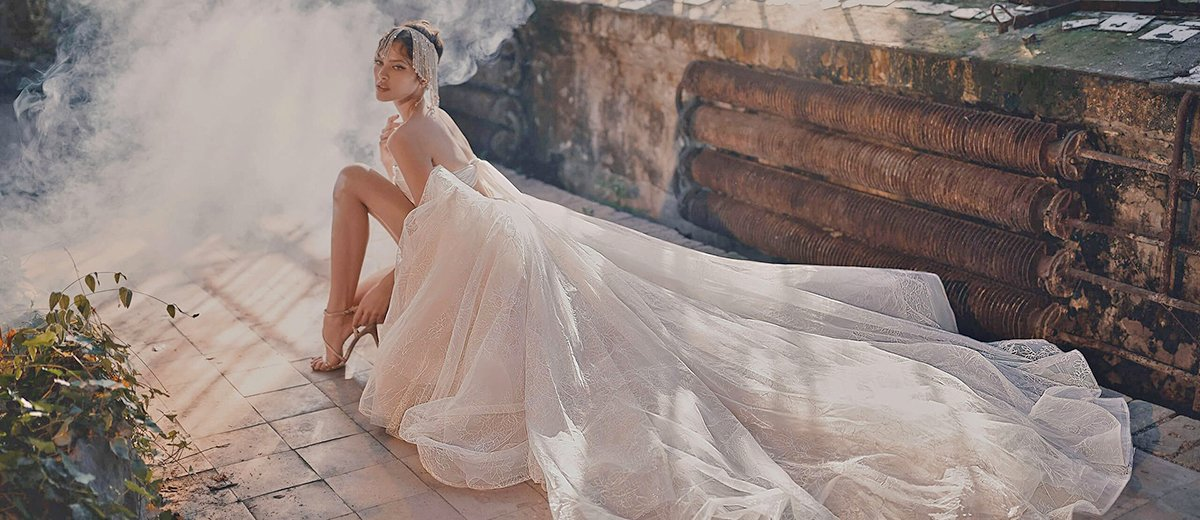 21 Most Pinned Wedding Dresses