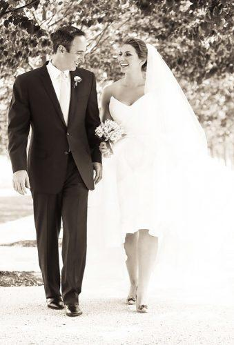 wedding photographers bride groom walk Donna Newman photo
