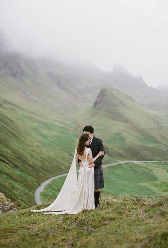 wedding photographers couple in mountains gregfinck