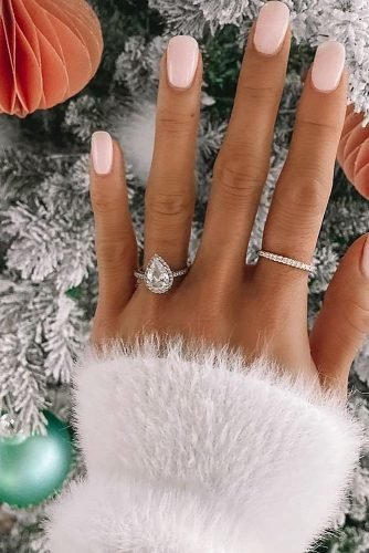engagement ring inspiration diamond white gold pear cut
