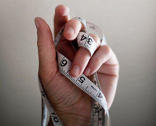 how to measure ring size hand with tape measure