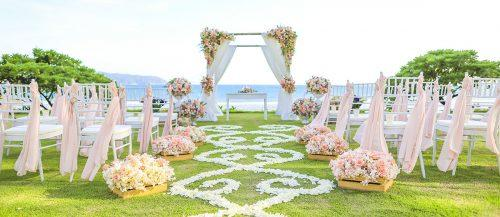 luxury wedding decor ideas featured image