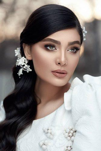 simple wedding makep elegant for brunette with eyeliner brown eyeshadows bellona.photography