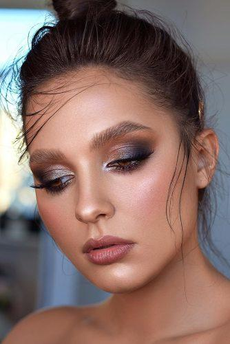 simple wedding makep elegant mettalic eyeshadows long black lashes sofia_baburina