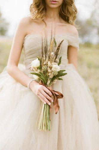 wedding dried flowers bouquets classic bouquet Alea Lovely Photo