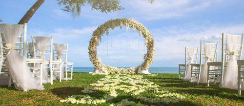 wedding floral moon gates featured image