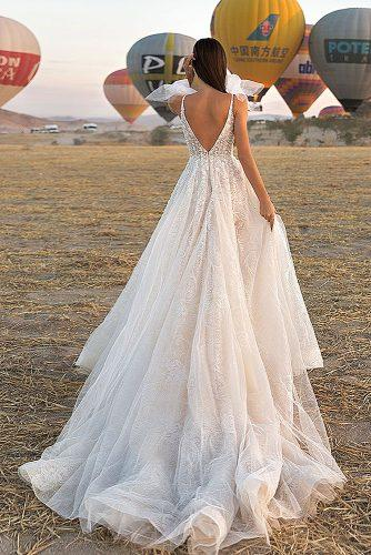 cappadocia wedding photos amazing bride in front of balloons