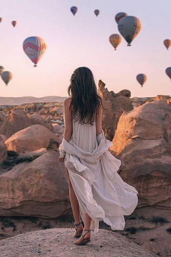 cappadocia wedding photos girl at the rock beautiful view