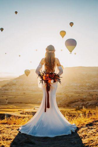 cappadocia wedding photos wedding photo with balloons