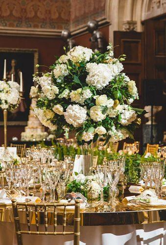 castle wedding flower centerpiece tobiahtayophotography