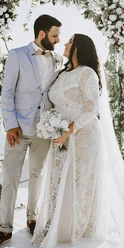 12 Dreamy Plus Size Wedding Dresses With Sleeves | Wedding ...
