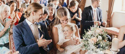 real wedding schloss kronburg in memmingen featured image