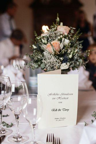 real wedding schloss kronburg in memmingen table decor ytzweddings