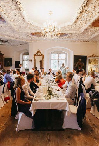 real wedding schloss kronburg in memmingen wedding guests ytzweddings